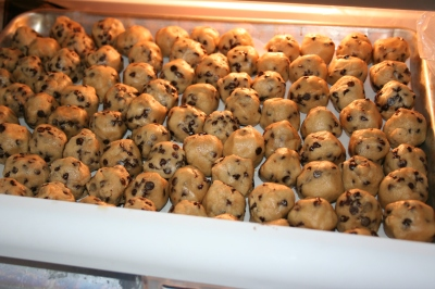How to freeze cookie dough balls